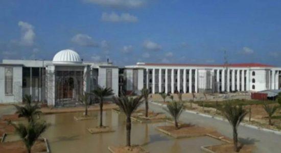 Batticaloa Campus-ஐ அரசாங்கத்தின் பொறுப்பில் கொண்டு வருமாறு பரிந்துரை