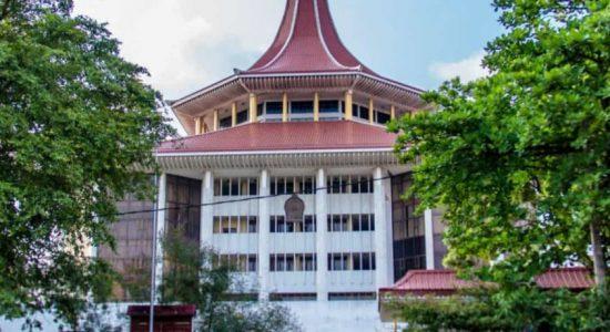 சைட்டம் பட்டதாரிகள் 82 பேரை பதிவுசெய்யுமாறு உயர்நீதிமன்றம் உத்தரவு