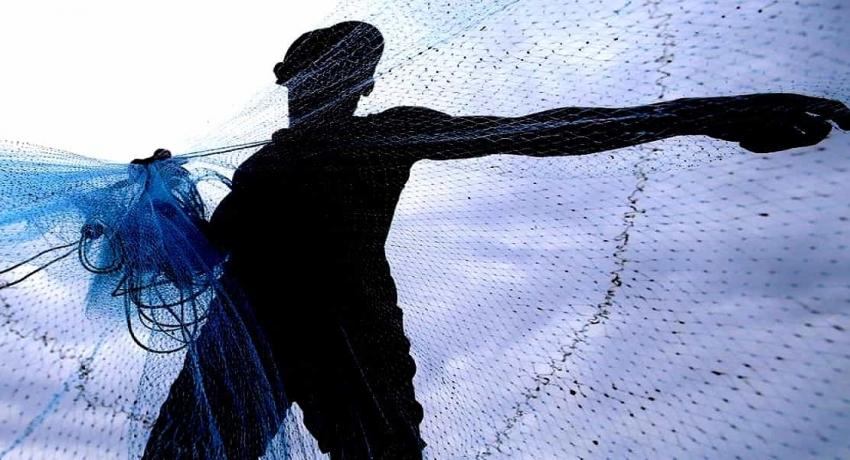 இலங்கை கடற்பரப்பினுள் அத்துமீறி நுழைந்து மீன்பிடியில் ஈடுபட்ட இந்திய மீனவர்கள் 6 பேர் கைது