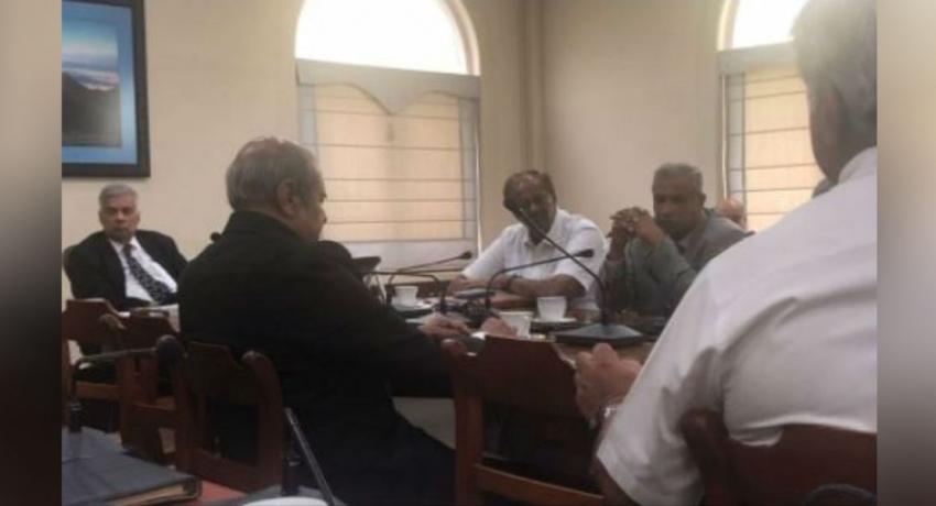 பிரதமர் – தமிழ் தேசியக் கூட்டமைப்பின் பாராளுமன்ற உறுப்பினர்கள் இடையே சந்திப்பு
