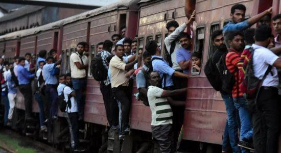 ரயில்வே தொழிற்சங்கத்தினரின் சட்டப்படி வேலை போராட்டம் கைவிடப்பட்டது