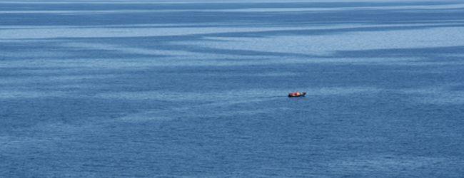நடுக்கடலில் நிர்க்கதிக்குள்ளான சம்மாந்துறை மீனவர்கள் மூவரில் ஒருவர் உயிரிழப்பு