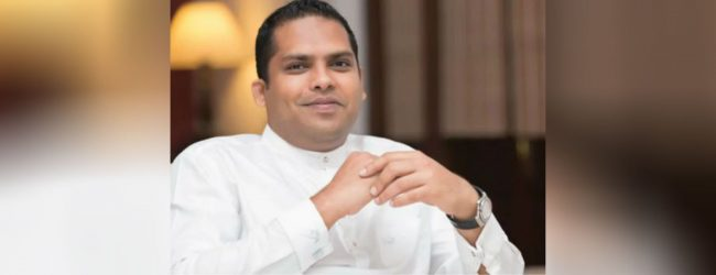 அமைச்சர் பதவியிலிருந்து ஹரின் பெர்னாண்டோ இராஜினாமா