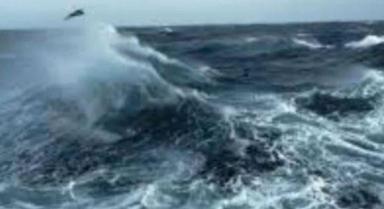 நீர்கொழும்பிலிருந்து ஐவருடன் கடலுக்குச் சென்ற படகொன்று காணாமல் போயுள்ளது