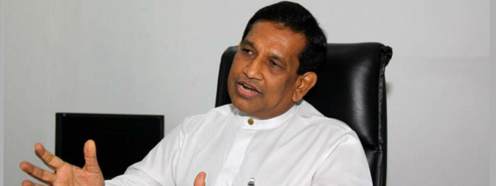 ராஜித சேனாரத்னவின் வீடுகளில் CID தேடுதல்