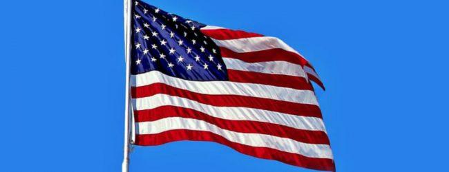 இராணுவத் தளபதிக்கு பயணத்தடை: அமெரிக்கத் தூதுவருக்கு அழைப்பு