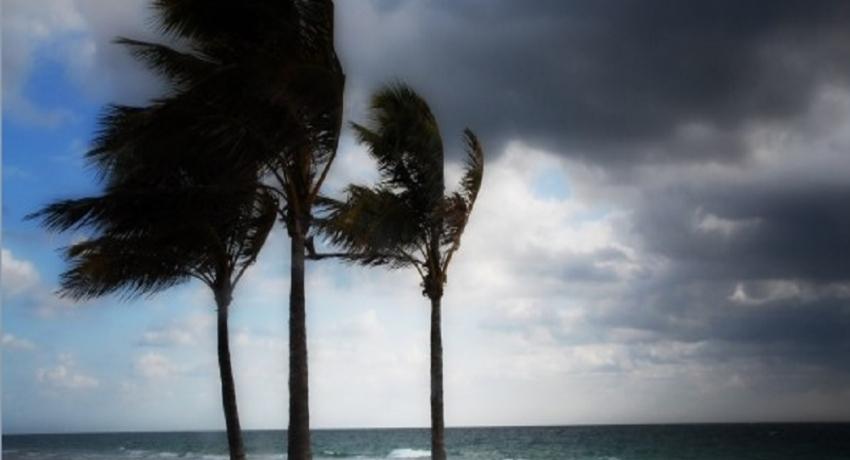 சீனா கொரோனாவால் அவதியுறும் நிலையில் ஐரோப்பாவின் வட பகுதிகளுக்கு புயல் எச்சரிக்கை