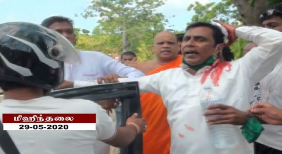மிஹிந்தலை பிரதேச சபையில் ஆளுங்கட்சி உறுப்பினர் மீது தாக்குதல்