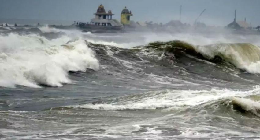 ஆம்பன் சூறாவளி: இந்தியா, பங்களாதேஷில் 15 பேர் உயிரிழப்பு