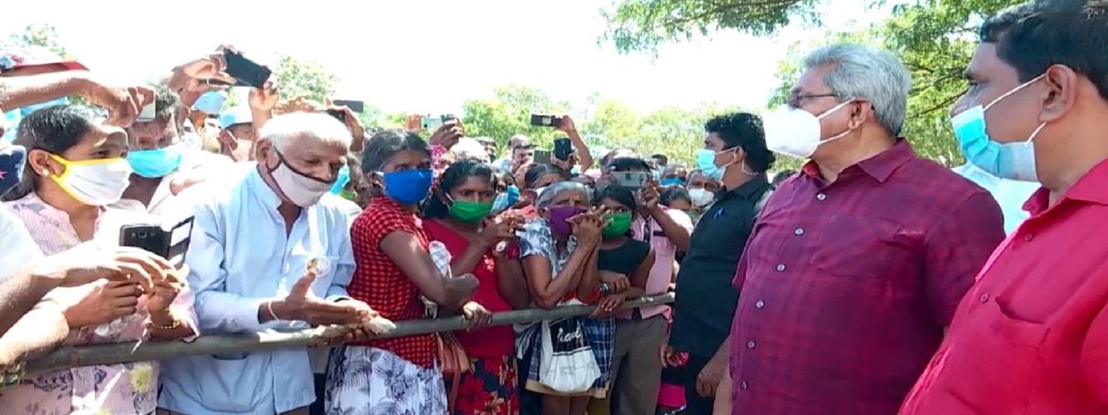 மொனராகலையில் மக்கள் சந்திப்புகளில் ஈடுபட்டார் ஜனாதிபதி