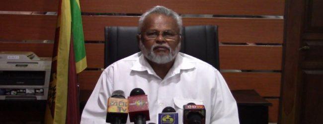 கடற்றொழில் அமைச்சர் டக்ளஸ் தேவானந்தாகடமைகளை ஆரம்பித்தார்