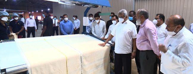 சீருடை விநியோகத்தில் உள்ளூர் உற்பத்தியாளர்கள் ஈடுபட வேண்டுமென ஜனாதிபதி ஆலோசனை