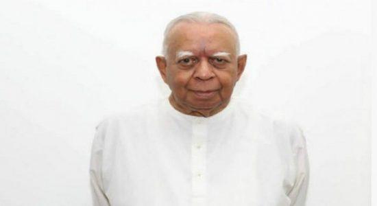 தமிழ் தேசியக் கூட்டமைப்பின் பாராளுமன்றக் குழுத் தலைவராக சம்பந்தன் மீண்டும் தெரிவு