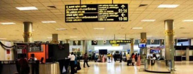 வௌிநாடுகளிலிருந்து 121 பேர் தாயகம் திரும்பினர்