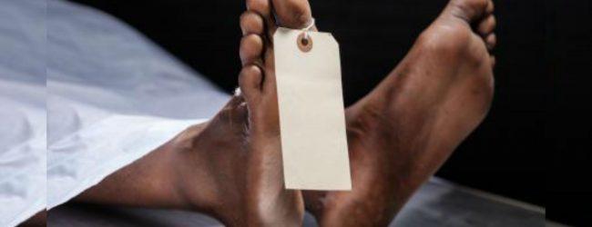 சம்பூரில் ஆண் ஒருவரின் சடலம் மீட்பு