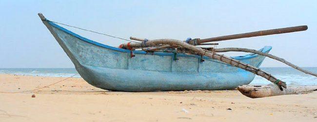 இந்திய மீனவர்கள் 22 பேருக்கு கடற்படையினரின் காவலில் விளக்கமறியல்