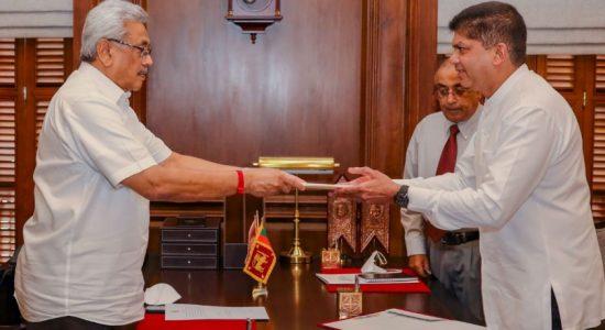 லொஹான் ரத்வத்தே இராஜாங்க அமைச்சராக பதவிப்பிரமாணம்