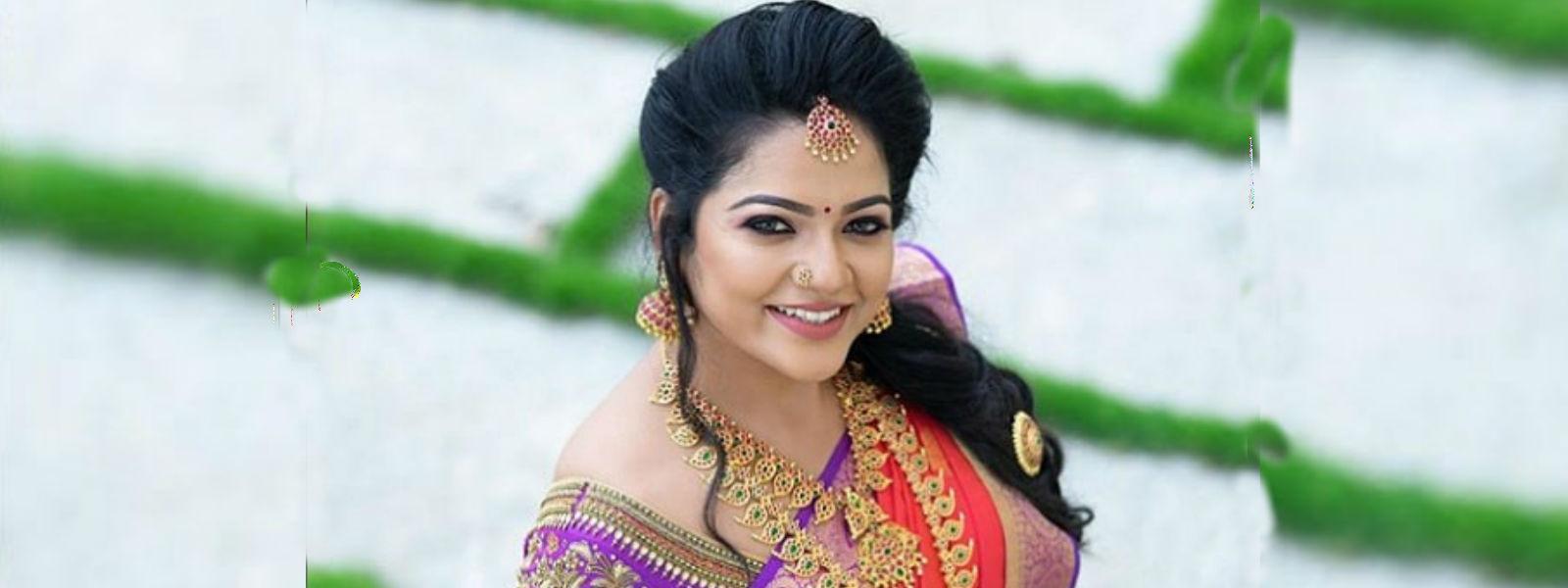 பிரபல சின்னத்திரை நடிகை சித்ரா தற்கொலை