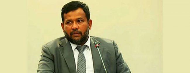 7,727 பேர் வாக்காளர் இடாப்பிலிருந்து நீக்கம்: மனித உரிமைகள் ஆணைக்குழுவில் ரிஷாட் முறைப்பாடு