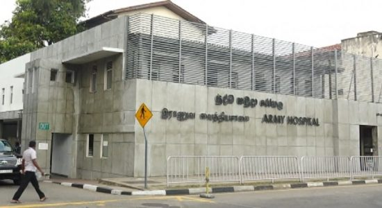 பாராளுமன்ற உறுப்பினர்கள் 19 பேருக்கு கொரோனா தடுப்பூசி ஏற்றப்பட்டது