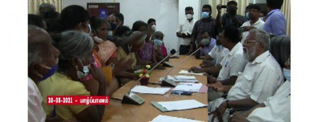 காணாமல் ஆக்கப்பட்டோரின் உறவினர்களுடன் டக்ளஸ் தேவானந்தா கலந்துரையாடல்