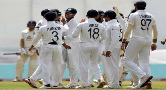 இங்கிலாந்திற்கு எதிரான டெஸ்ட்: இன்னிங்ஸ் மற்றும் 25 ஓட்டங்களால் இந்தியா வெற்றி