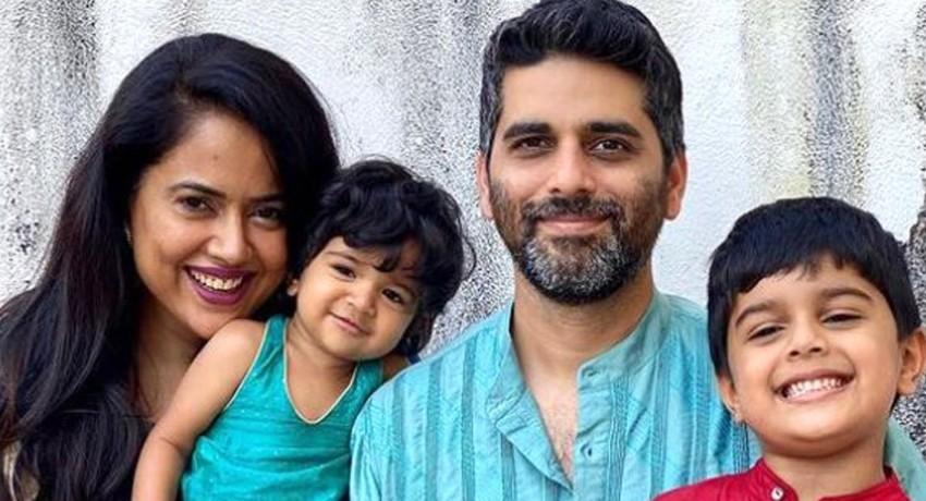 சமீரா ரெட்டி குடும்பத்தினருக்கு கொரோனா
