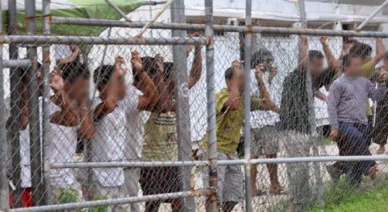 அவுஸ்திரேலியாவிலுள்ள புகலிடக் கோரிக்கையாளர்களை நியூஸிலாந்தில் குடியேற்றுவது தொடர்பில் பேச்சுவார்த்தை