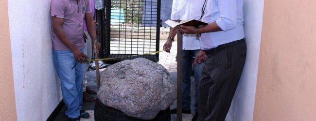 உலகின் மிகப்பெரிய நட்சத்திர நீல மாணிக்கக் கற்களின் திரட்சி இரத்தினபுரியில் கண்டுபிடிப்பு