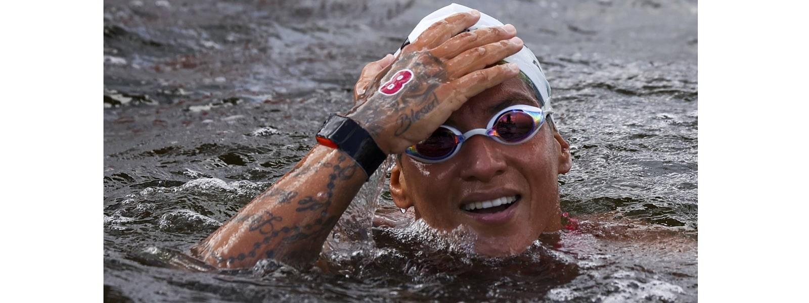 மகளிருக்கான 10 கி.மீ மரதன் நீச்சல் போட்டியில் தங்கம் வென்றது பிரேசில்
