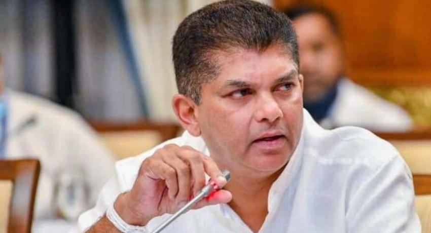 இராஜாங்க அமைச்சர் லொஹான் ரத்வத்தே இராஜினாமா