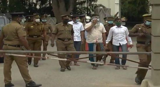 ஏப்ரல் 21 தாக்குதல்: நௌஃபர் மௌலவி உள்ளிட்ட 24 பிரதிவாதிகளுக்கு எதிராக குற்றப்பத்திரம் தாக்கல்
